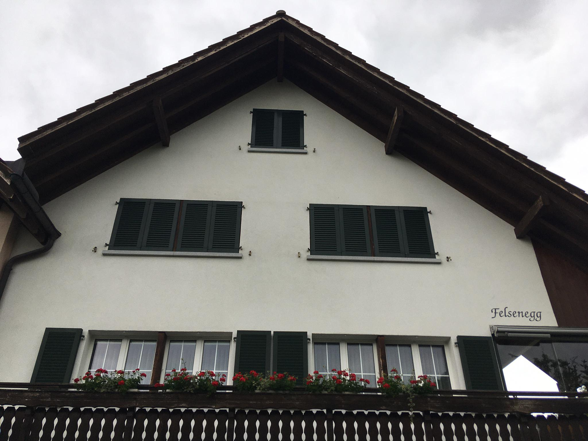https://www.koster-gs.ch/wp-content/uploads/2020/07/Fassade-Rüthimann-nachher.jpg