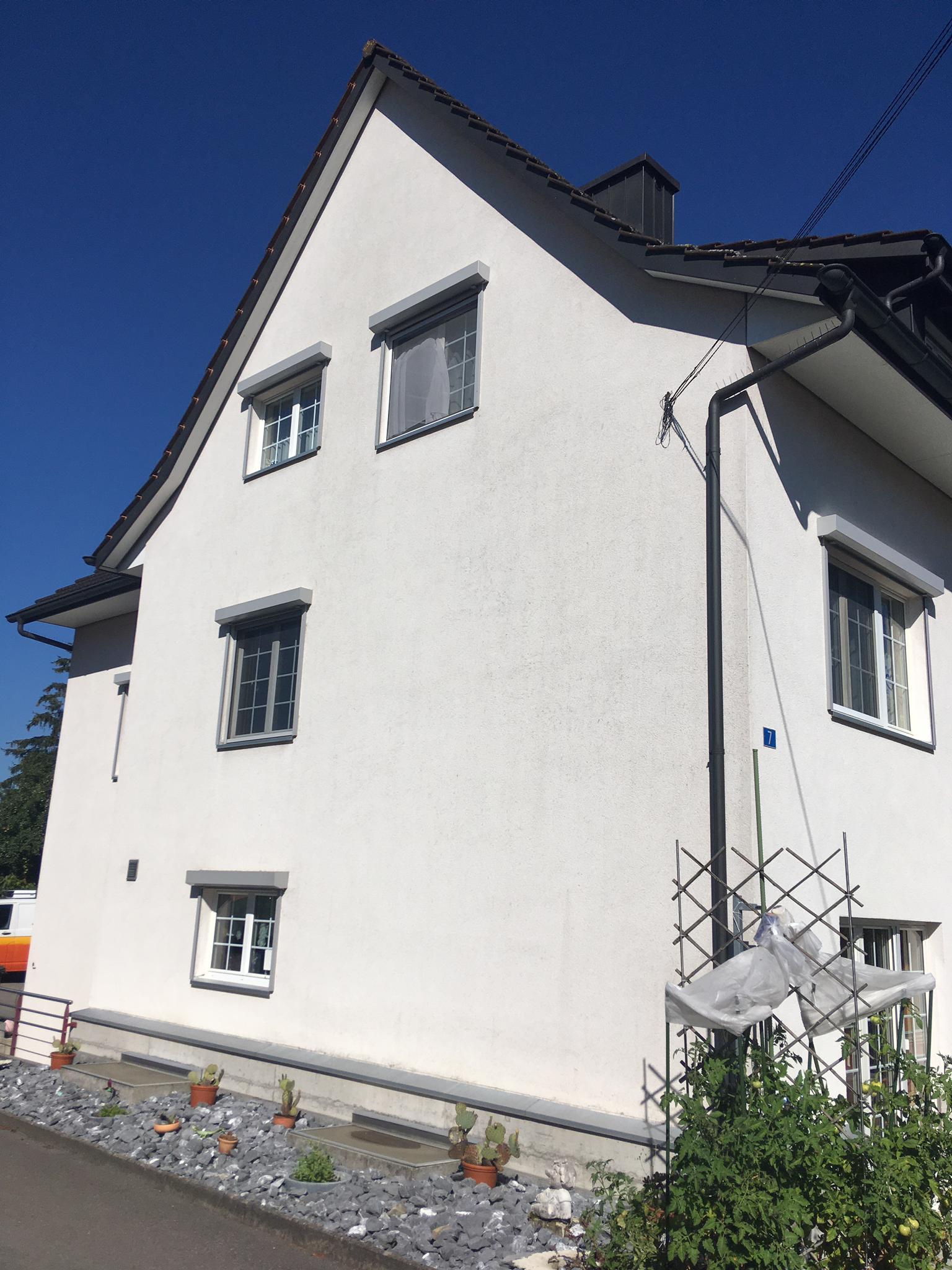 https://www.koster-gs.ch/wp-content/uploads/2021/02/Hengartner-Fassade-1-nachher.jpg