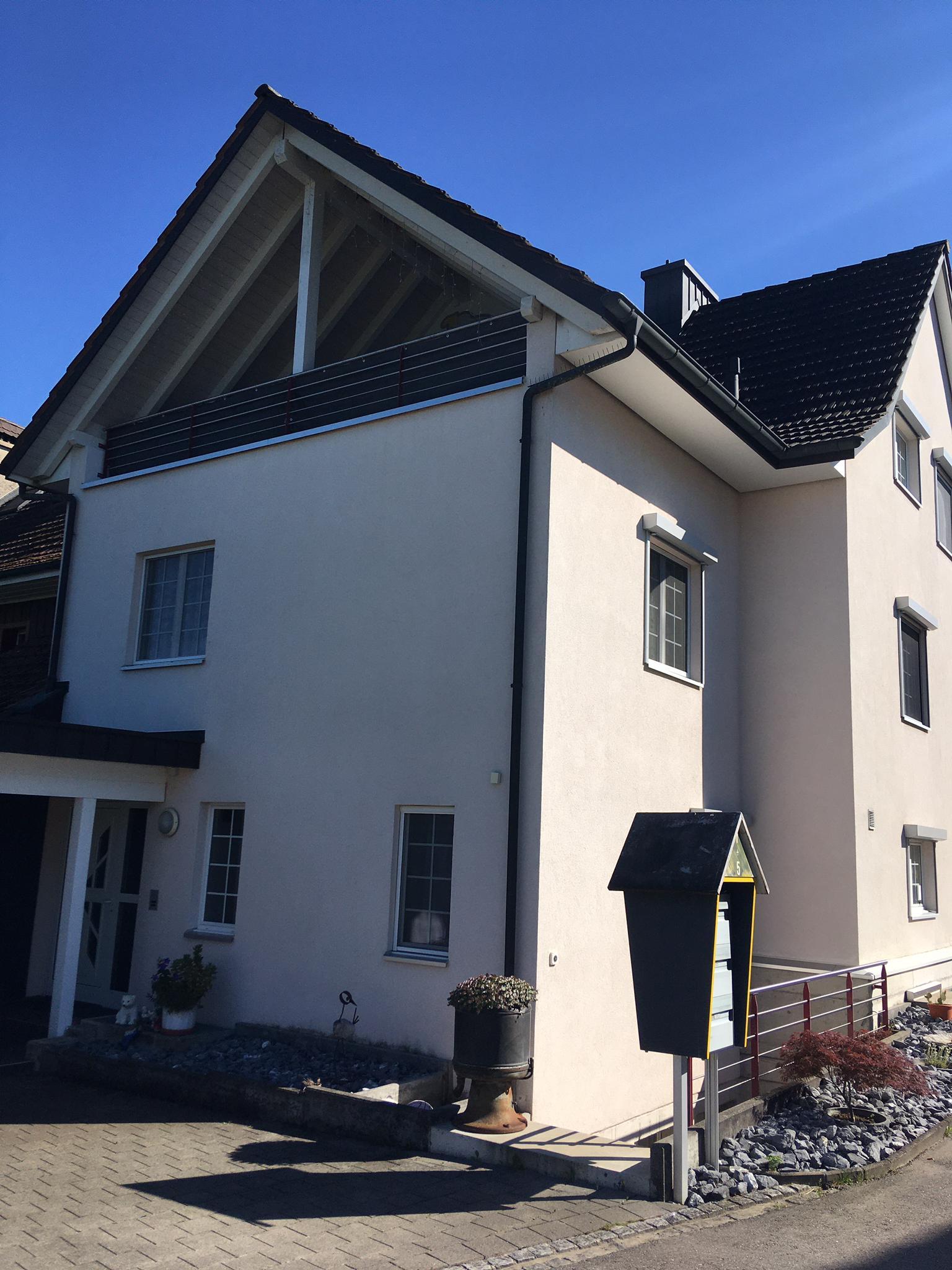 https://www.koster-gs.ch/wp-content/uploads/2021/07/Hengartner-Fassade-2-Nord-nachher.jpg