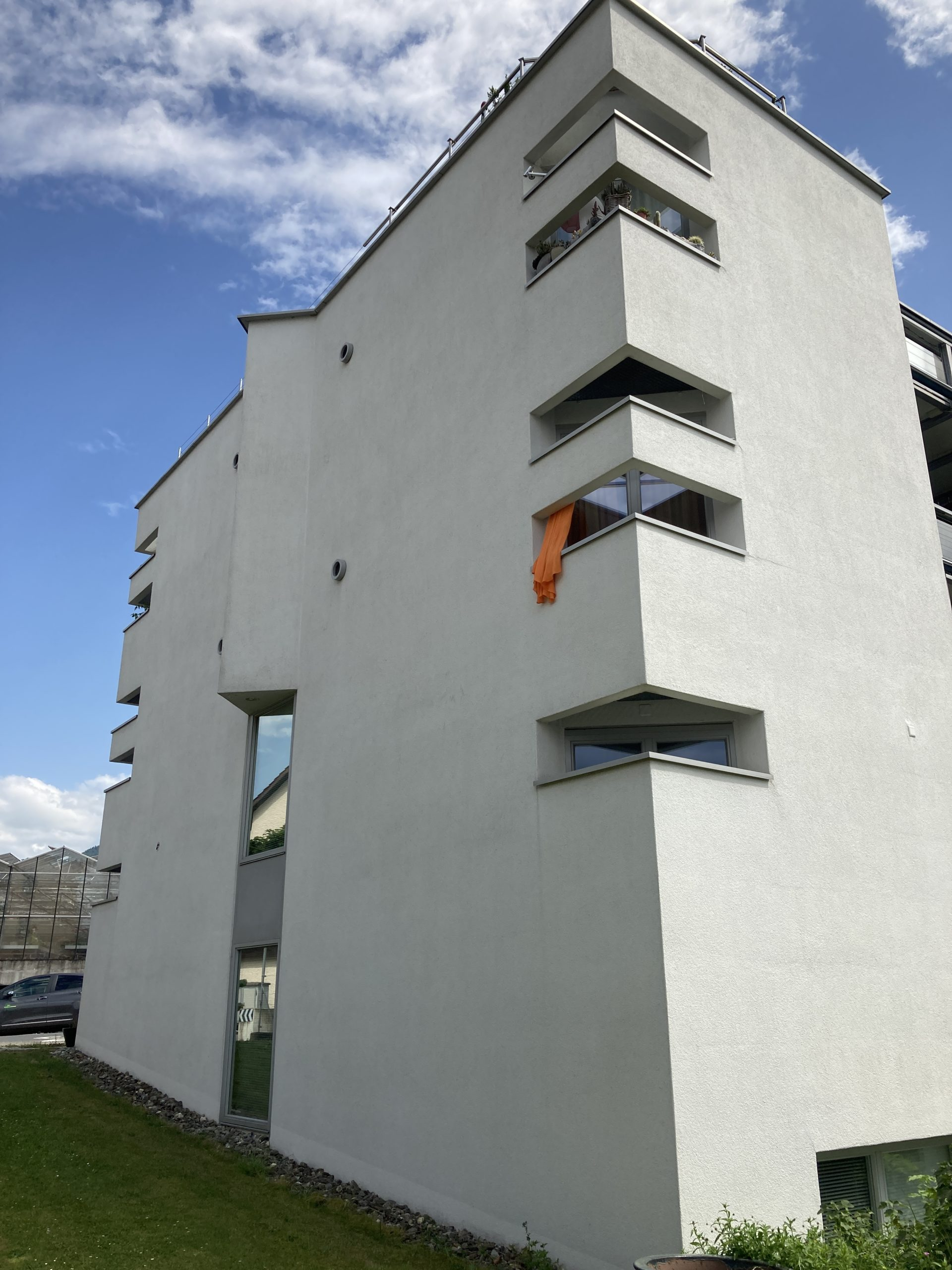 https://www.koster-gs.ch/wp-content/uploads/2021/07/Reichmuth-2-Fassade-Nord-nachher-scaled.jpg
